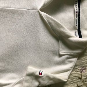 Vintage Tommy Hilfiger polo shirt, women's